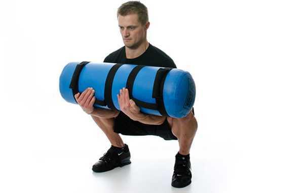 Kung Fu Life - squat con aqua bag
