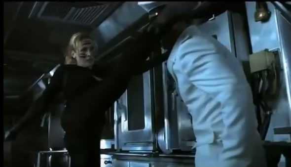 kung fu mom scena