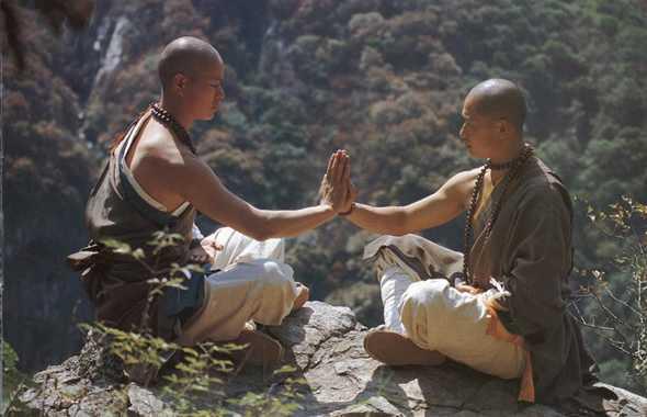 monaci shaolin meditazione
