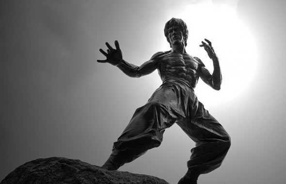Bruce Lee statua