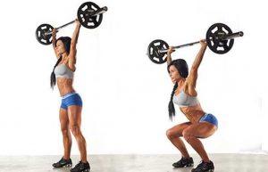 squat peso sulla testa