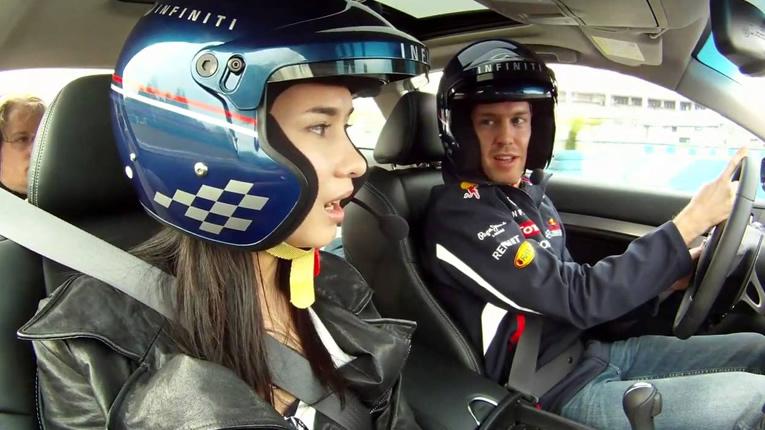 pilota Sebastian Vettel e Celina Jade pilota