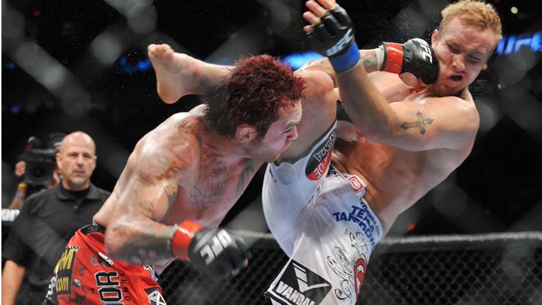 MMA combattimento